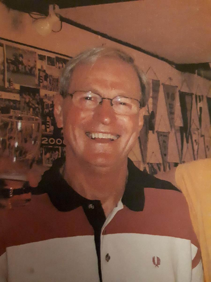 Ve věku 71 let zemřel spoluhráč a trenér Standa Suchánek